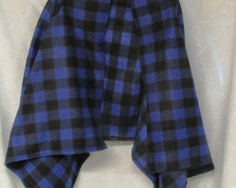 Ladies Jacket Blue and Black Check Fleece Fabric Women's Size XL/XXL Warm and Soft