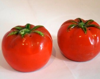 Vintage Small Tomatoe Red Salt and Pepper Shakers