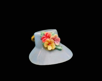 Vintage Hat Pin - 40s Plastic Hat Charm Brooch - Brass Bow Novelty - 1940s