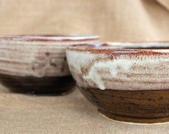 Set of 2 pottery nesting bowls, Ceramic bowl set, Wheel thrown, stoneware, ready to ship