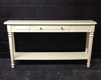 Console Table in Veranda Ivory