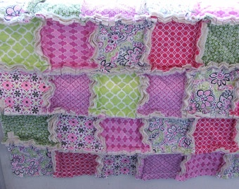 Baby Girl Rag Quilt Shabby Chic Pink Green
