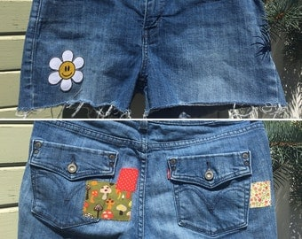 SALE! 50% OFF! Upcycled jorts 'Happy Daisy Dukes', cut-off denim shorts with patchwork and patched galore!