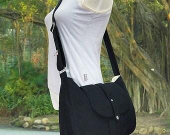 Summer Sale 10% off black cotton canvas bag / messenger bag / shoulder bag / cross body bag / everyday bag / diaper bag - 6 pockets
