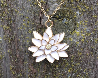 Gorgeous white lotus necklace, flower necklace, white flower necklace, lotus necklace
