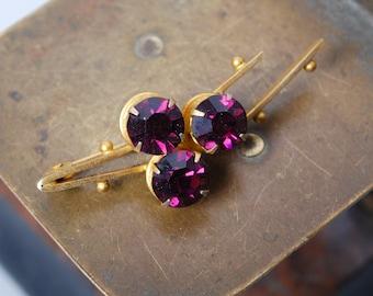 Vintage brooch, with purple glass rhinestones