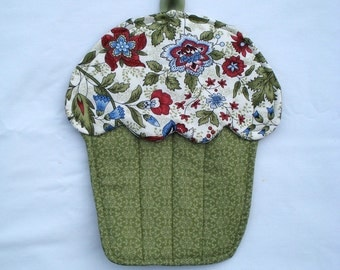 Cupcake Pot Holder / Floral Oven Mitt / Olive green Hot Pad