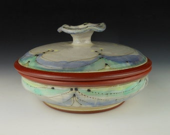 Casserole with lid for Serving and Baking (around 1 quart)
