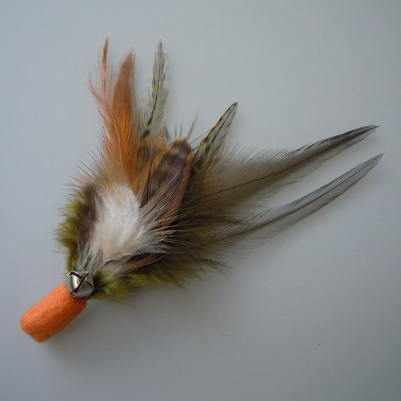 Catnip Cat Toy Orange and Olive Green Feather Flier