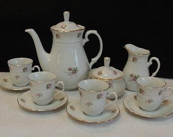 Vintage TK Thun Made In Czechoslovakia 13 Piece Coffee/Tea Set.. Rosebud Springtime