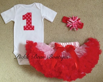 Baby Girl Valentine Outfit, Valentines Day Birthday Outfit, 1st Birthday Girl Outfit, First Birthday Outfit, Pink Red Pettiskirt