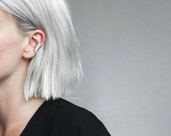 Uneven ear cuff