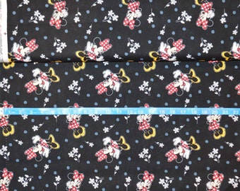 Springs Creative, Minnie & Flowers Black -  By the yard - Choose your cut of fabric
