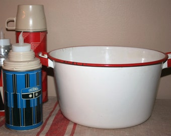Large Vintage Enamel Stock Pot White with Red Trim Farmhouse Cookware Enamelware