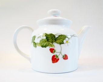 Vintage Teapot Ceramic STRAWBERRIES Japan 1 Quart with Filter