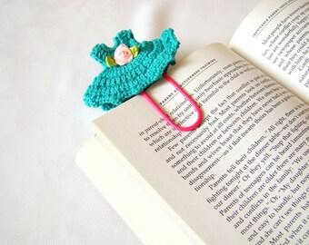 Crochet dress bookmark office gift ideas crochet heart small gift ideas small birthday gift ideas teacher gift ideas paper clip green gift
