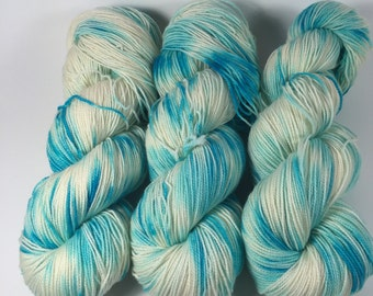 BFL Twist, Sock Yarn, Hand Dyed Yarn, The Makeup Artist , Superwash BFL, blue faced leicester, High Twist, yarn