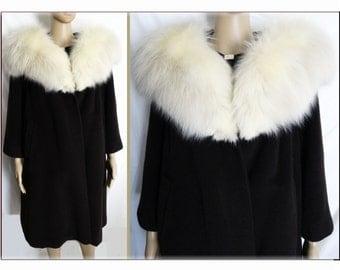 Vintage 1950s Coat//50sCoat//Fox Fur Trim//Forstmann//Brown Wool Coat// Femme Fatale Jackie Kennedy