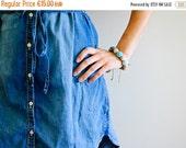 FLASH SALE Blue Wooden Teething / Mommy Bracelet - juniper wood