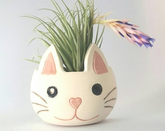Small Porcelain Happy Kitty Cat Wall Pocket for Air Plants