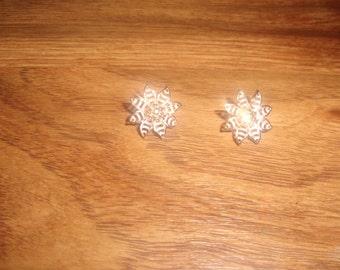 vintage clip on earrings goldtone pink flower