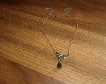 vintage necklace silvertone chain red rhinestone avon