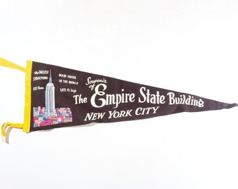 Vintage Souvenir Felt Pennant, 1940s New York City Empire State Building