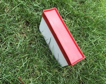 I - Reclaimed vintage letter - excellent - gloss red