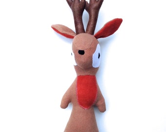 Hickory the Deer, organic deer, organic toy, woodland toy, deer, boy deer toy, buck toy, woodland, organic, ecofriendly toy, ecofriendly