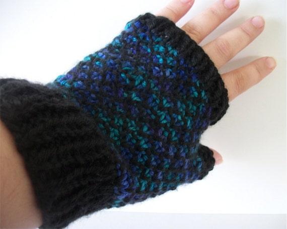 Dragon Gloves Knitting Pattern : Knitting Pattern: Dragon Scale Gloves Knit Fingerless ...