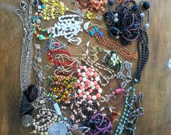 Vintage Costume Jewelery Necklace Lot, 1950s Necklaces to 1980s Necklaces