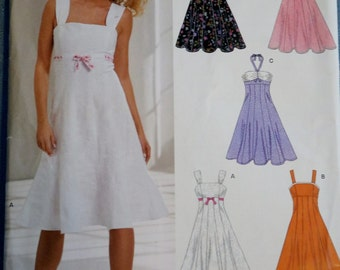 Sundress Pattern NewLook Simplicity Pattern 6589 Straps Halter English French Spanish
