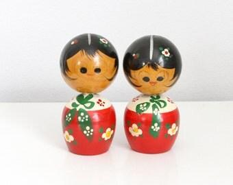 Pair of Kokeshi Wooden Nodder Dolls - Hand Painted Bobblehead Figurines Japan