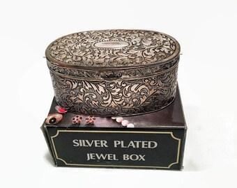 Vintage Jewel Box, Silver Plated Jewel Box, Ornate Jewel Box, Women's Gifts, Vintage Women's Gifts, Vntage, Vintage Jewelry Box, Silver Box