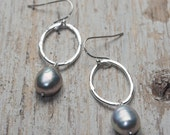 freshwater pearl grey baroque pearl drop earring off hammered sterling silver oval link, ildiko jewelry