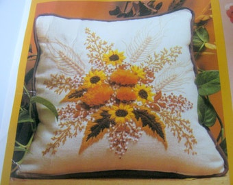 Shades of Autumn Crewel Embroidery Kit, #0408, Pillow Kit