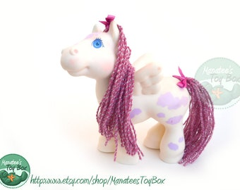 Magic Meadow Pony Sugar Crimp n Curl Pegasus 90s Toy