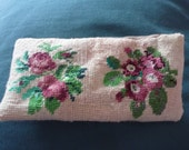 Vintage handmade needlepoint floral pouch make up purse