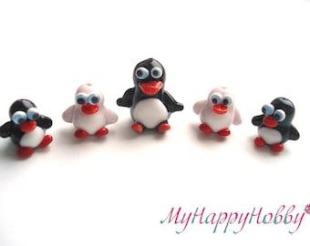 Penguin glass bead miniature sculpture figure  cute key chain Glass lampwork bird bead figurine tiny glass animals funny animal figurines
