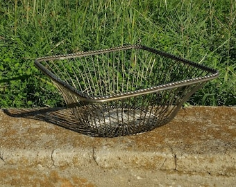 Silver Plate Wire Fruit Basket, Vintage Wire Basket, Square Wire basket