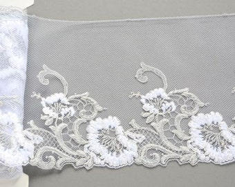 Grey and White Floral Lace Trim, White Flowered Lace, Silver Grey and White Lace, Lace Fashions, Lingerie, Dolls, Lace Decor, Lace Costumes
