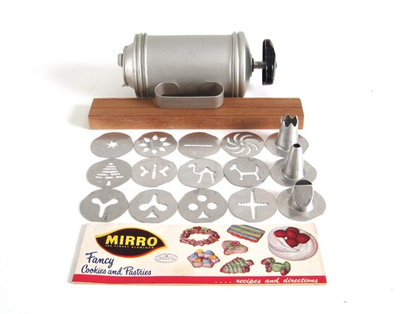 Mirro Cookie Press Vintage Hand Crank Cookie By