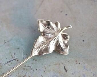 Maple Leaf Stick Pin - Vintage Golden Lapel Pin