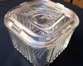 Vintage refrigerator dish clear glass small square box with lid Federal Glass Co. 1940's food storage leftovers container vegetable design