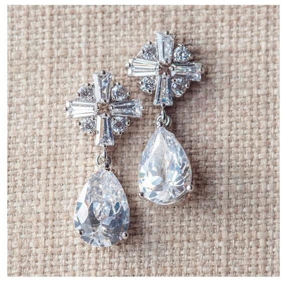 Cystal Bridal Earrings, Silver CZ Drop Earrings, CZ Wedding Earrings, Silver Wedding Jewelry, Silver Crystal Earrings, CZ Bridal earrings