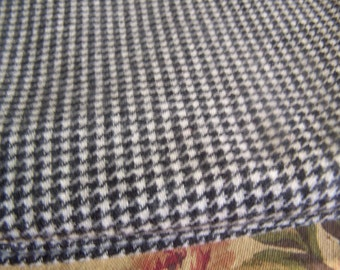 """1+ Yard Vintage 100% Wool Hound's-Tooth Check Black & White Fabric 59"""" Wide"""