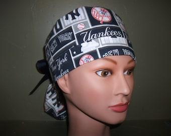 Ponytail scrub cap Yankees