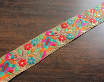 1 Yard-Beige Silk Fabric Trim-Multi Colour Thread Embroidered Design on Beige Sari Border-Silk Sari Fabric-Art Quilt Silk Ribbon A20026