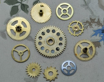 Set of 10 Vintage brass gears,wheels,cogs.