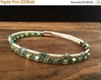 15%OFF VALENTINE SALE Macrame beaded memory wire wrap bracelet with gift envelope Green